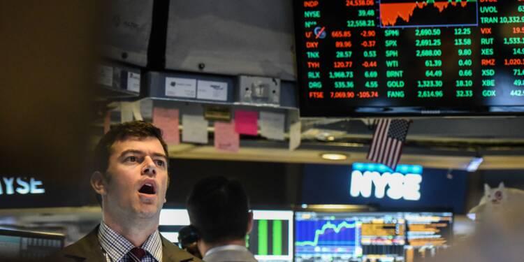 Wall Street finit en hausse après des hésitations