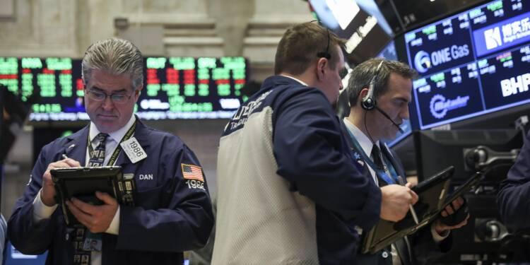 Wall Street ébranlée par les tensions commerciales et la déroute de la tech