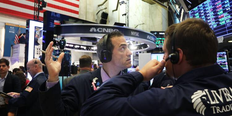 Wall Street, fragilisée par Donald Trump, ouvre en petite baisse