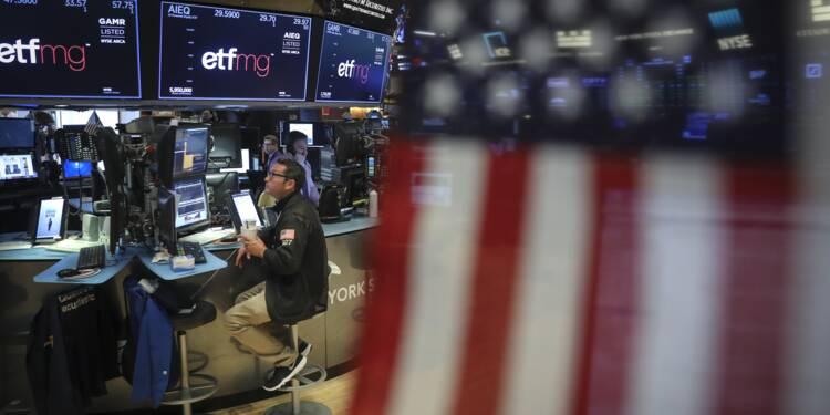 Dans un marché hésitant à Wall Street, le Dow Jones grimpe à un record