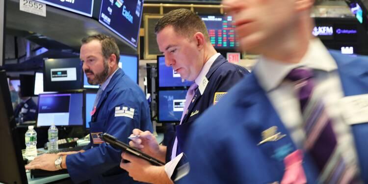 Wall Street termine en baisse une séance en dents de scie
