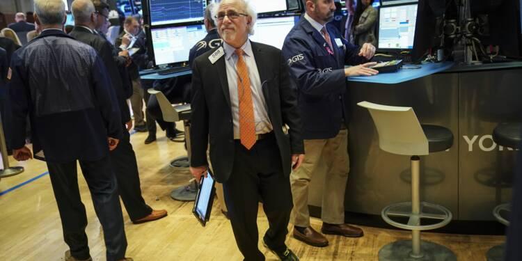 Wall Street atténue ses pertes à la clôture