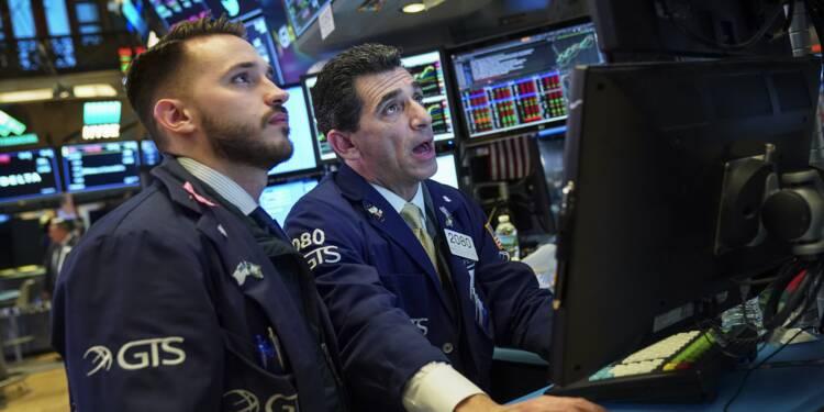 Wall Street termine en nette baisse une séance très agitée
