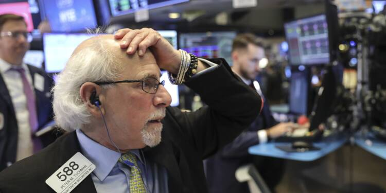 Wall Street, fragilisée par le commerce et Apple, s'installe dans le rouge