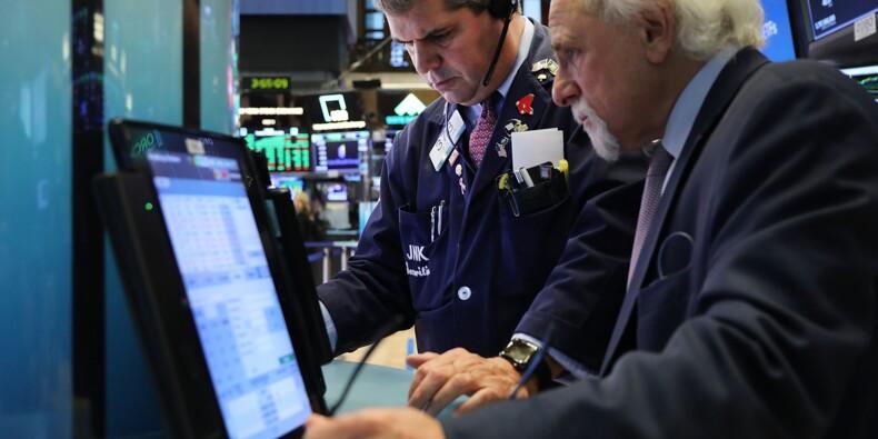 Wall Street termine en baisse, de nouveau inquiète de la hausse des taux