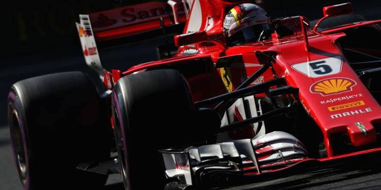 GP du Mexique: Vettel (Ferrari) en pole, Hamilton (Mercedes) 3e sur la grille