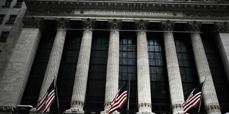 Wall Street, surveillant la montée des taux, ouvre en baisse