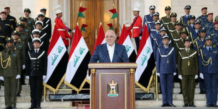 """L'Irak proclame """"la fin de la guerre contre les jihadistes de l'EI"""""""