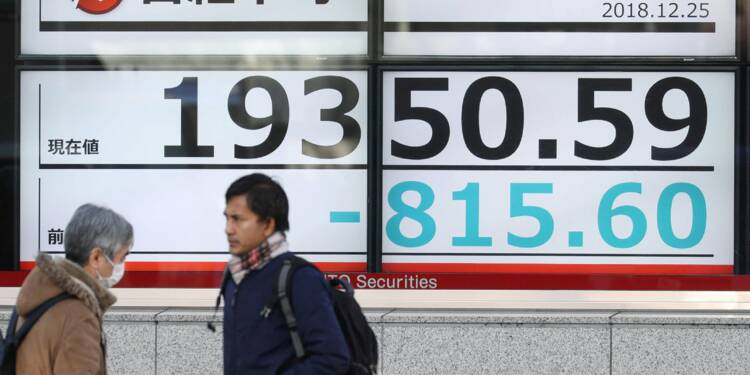 Après Wall Street, la Bourse de Tokyo s'affole et lâche 5%