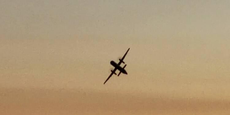 """Un bagagiste """"suicidaire"""" vole un avion vide et s'écrase dans la baie de Seattle"""