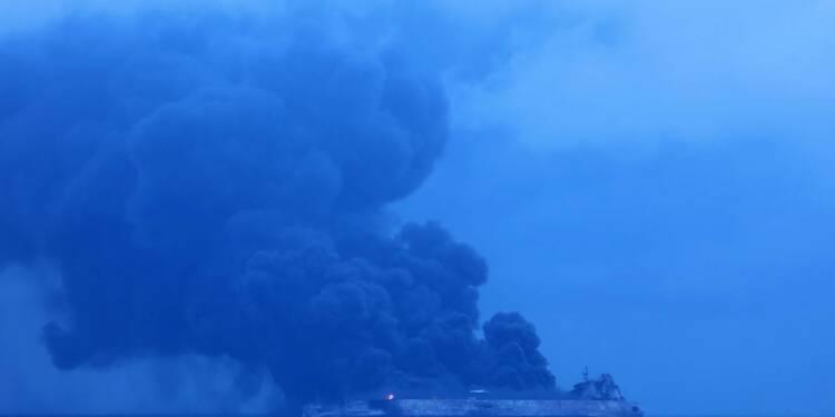Chine: un pétrolier iranien en feu après une collision, 32 disparus