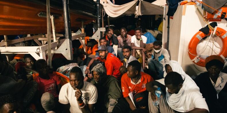 Le sort du Lifeline, au large de Malte, suspendu à la solidarité européenne