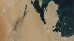 """Pétrole saoudien: Washington """"prêt à riposter"""" aux attaques, le prix du baril s'envole"""