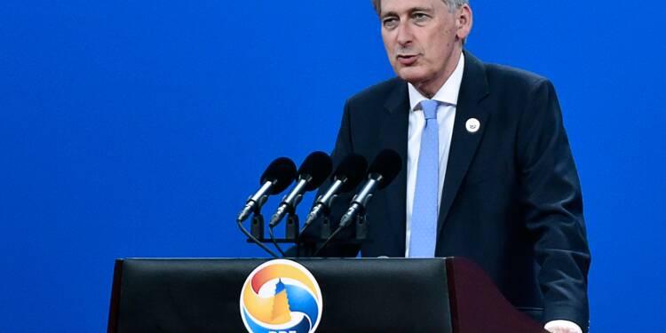 Brexit: emploi et croissance, priorités des négociations, selon Hammond