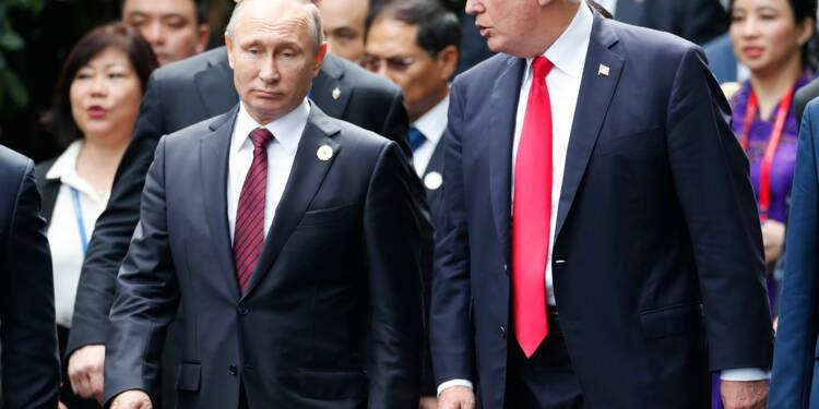 """Trump et Poutine: """"pas de solution militaire"""" en Syrie"""