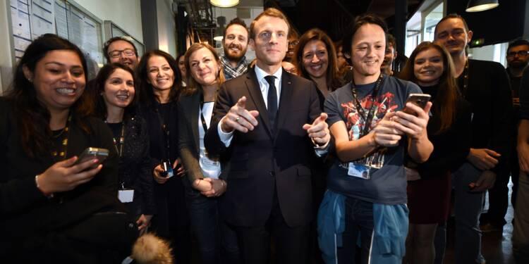 """Macron appelle à une """"mobilisation nationale pour les villes et pour les quartiers"""""""