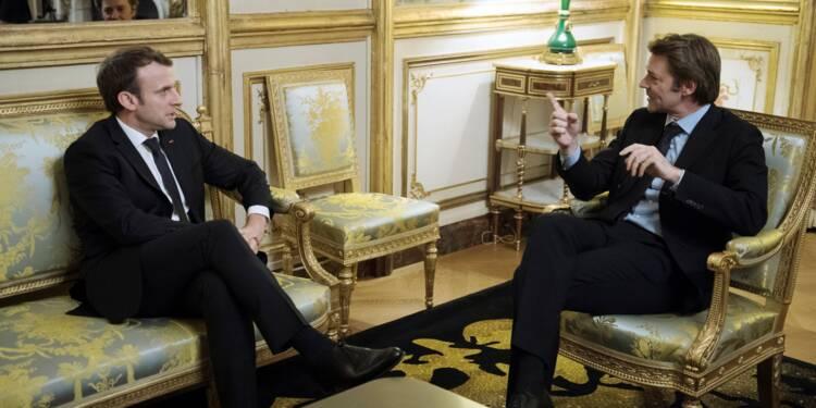 Macron devant les maires pour renouer le dialogue entre l'Etat et les collectivités