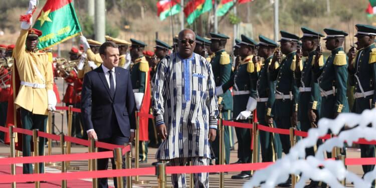 Une grenade pour l'arrivée de Macron à Ouagadougou