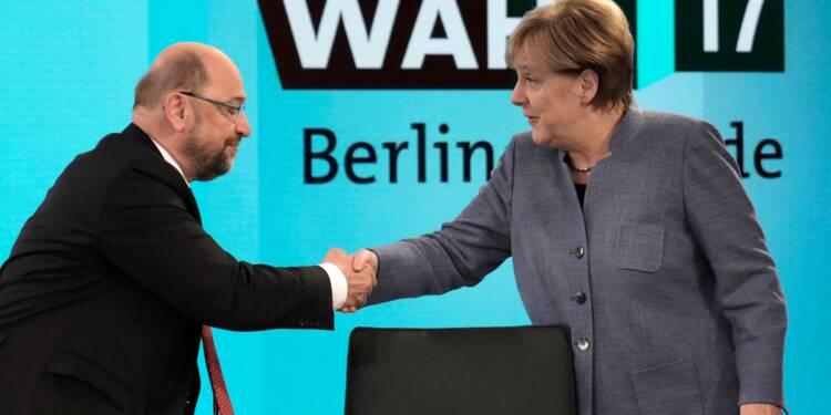 Allemagne: Merkel tente de rallier les sociaux-démocrates à un gouvernement