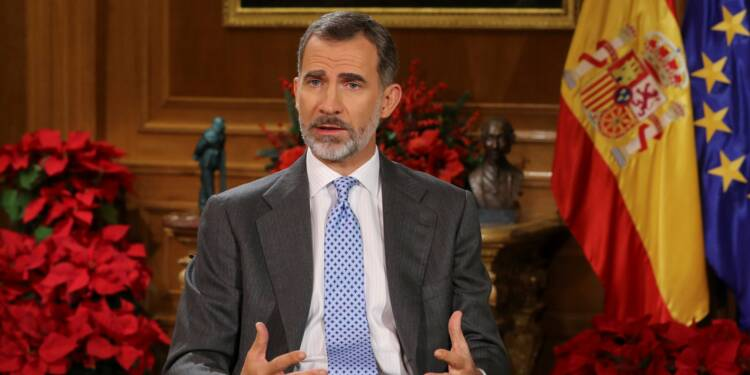 """Le roi d'Espagne demande aux élus catalans d'éviter un nouvel """"affrontement"""""""