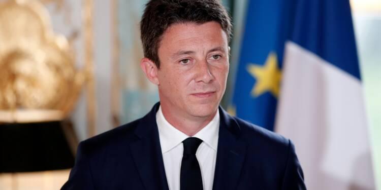 """Fonctionnaires : """"l'ensemble des sujets pourra être discuté"""", assure Griveaux"""