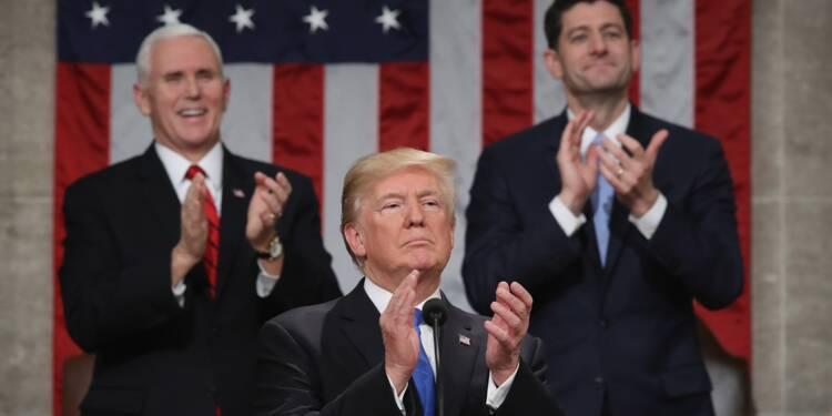 Trump lance un appel à l'unité après une année tumultueuse