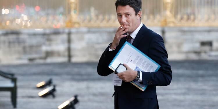 """Défiscalisation des heures sup': le gouvernement """"ne s'interdit aucune piste"""""""
