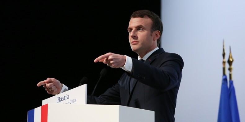 """Corse: un parti indépendantiste dénonce  les discours """"haineux"""" de Macron"""