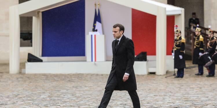 """Macron salue """"l'esprit français de résistance"""" incarné par le gendarme Arnaud Beltrame"""