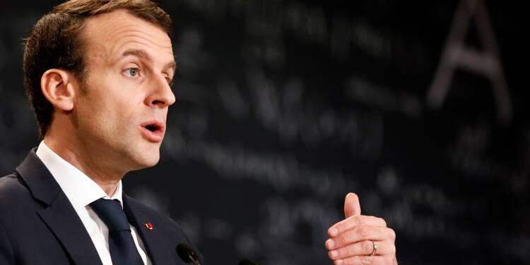 """Syrie: Macron demande à Poutine de faire pression sur Damas pour faire cesser """"l'escalade militaire"""""""
