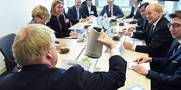 Syrie: l'UE veut relancer le processus politique après les frappes