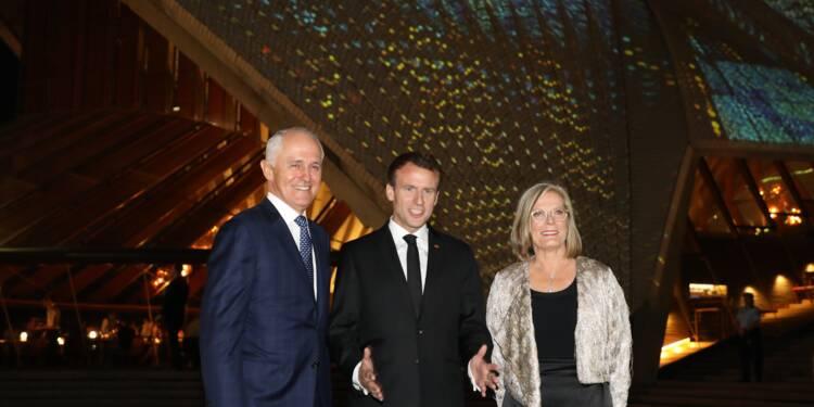 """Macron à Sydney pour """"ancrer"""" la relation franco-australienne"""