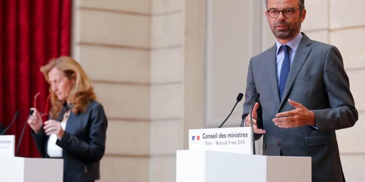 Réforme des institutions: premier volet lancé, sous les feux des oppositions