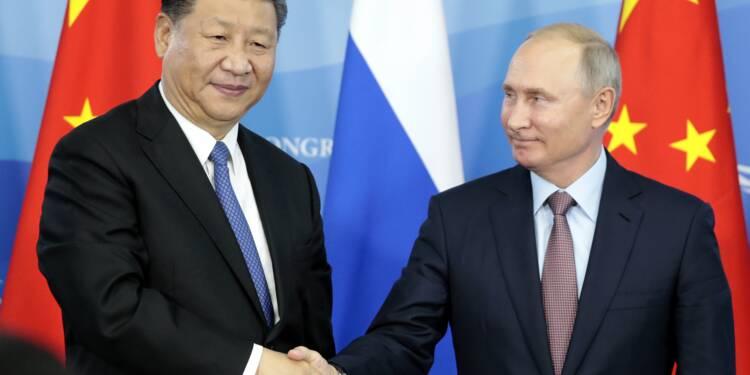 Moscou et Pékin veulent moins utiliser le dollar pour leur commerce
