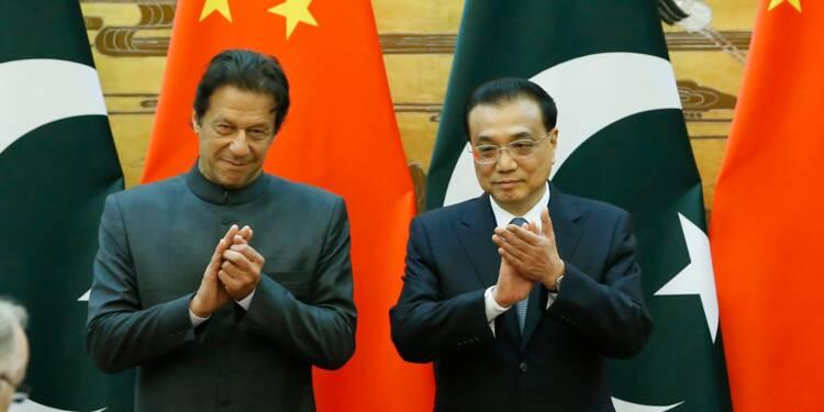 Pakistan: la Chine promet à Khan de continuer à soutenir le Corridor économique