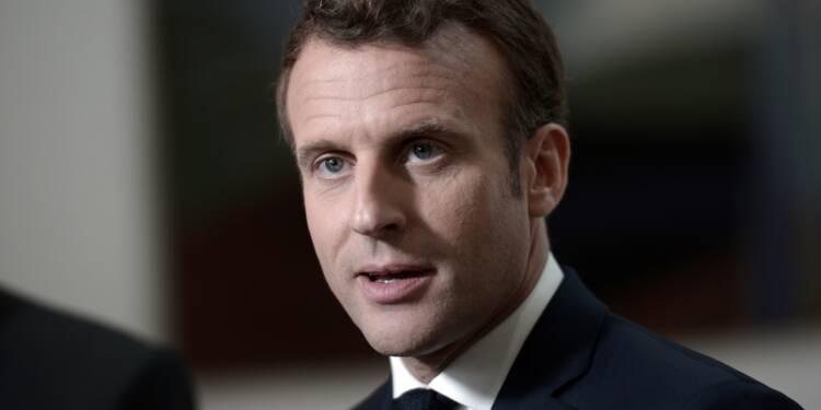 """Européennes: Macron remonte au front pour ne pas laisser """"se disloquer l'Europe"""""""