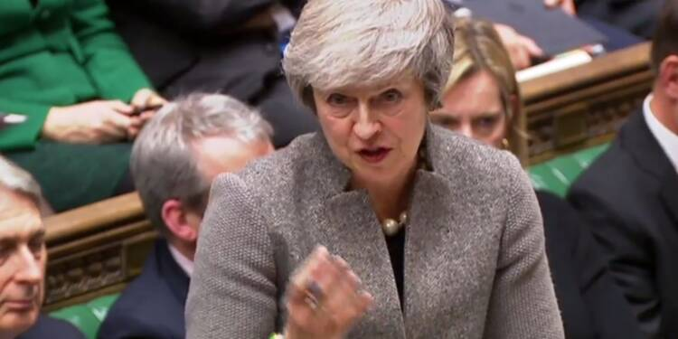 Brexit : l'opposition britannique passe à l'attaque contre Theresa May