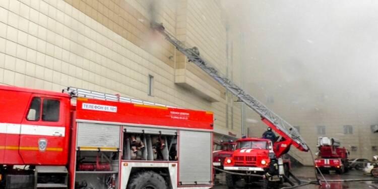 Russie: au moins 37 morts dans l'incendie d'un centre commercial en Sibérie