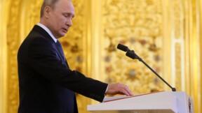 Poutine prête serment pour un quatrième mandat et propose Medvedev comme Premier ministre