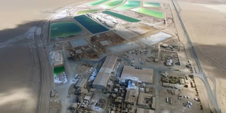 Groupe minier chilien SQM: la montée au capital du chinois Tianqi contestée