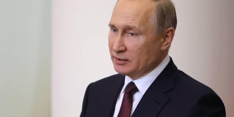 """Nucléaire iranien: Macron réclame des discussions, Poutine veut sa """"stricte application"""""""