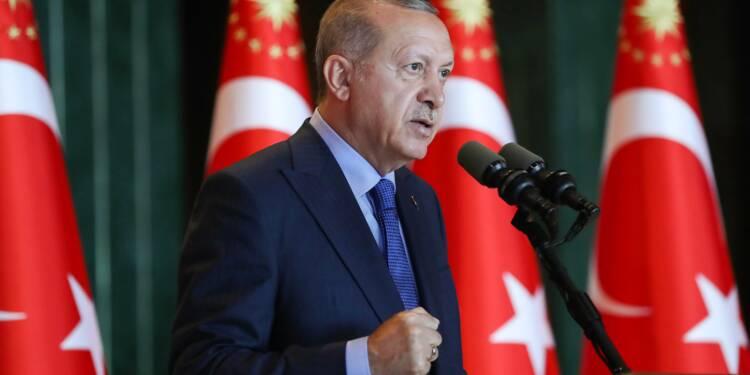 Erdogan veut boycotter l'électronique américain, la livre turque se stabilise