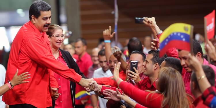 """Venezuela: le président Maduro, candidat """"logique"""" à sa réélection"""