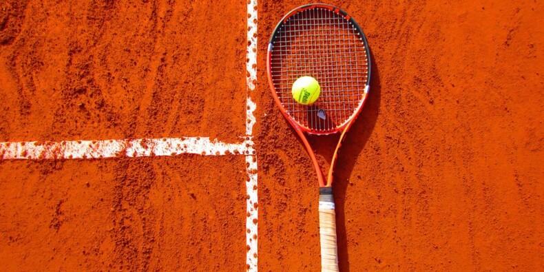 Fédération française de tennis : peu de coups droits, beaucoup de coups bas