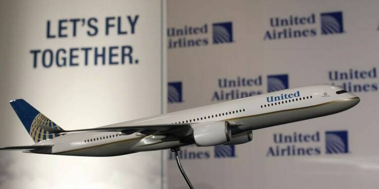 United Airlines mise en cause pour l'éviction brutale d'un passager