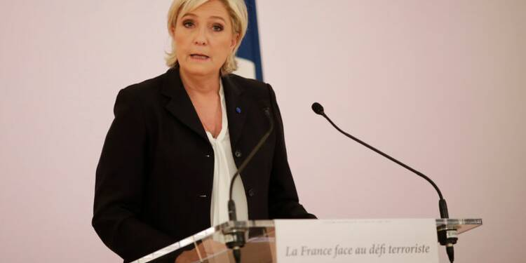 Le Pen suspendrait les accords de Schengen dès son élection