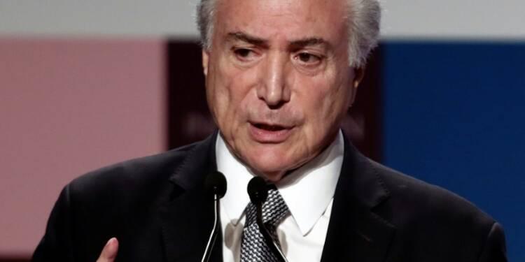 Scandale Petrobras: neuf ministres brésiliens en ligne de mire