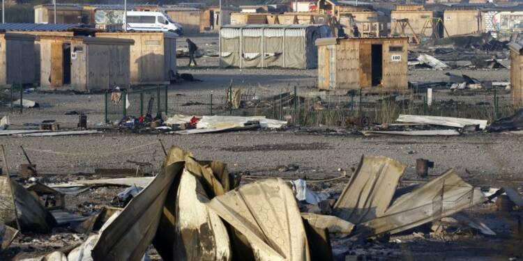 Le camp de migrants de Grande-Synthe est parti en fumée