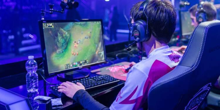 Profession gamer : ces jeunes de 20 ans qui vivent du jeu vidéo