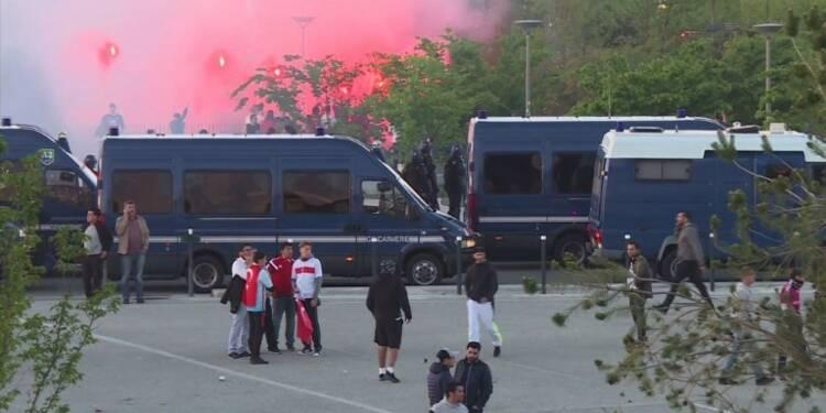 Foot: Violences et tensions lors de Lyon-Besiktas